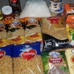 Seit 2012: Monatliche Verteilung von Paketen mit Grundnahrungsmitteln